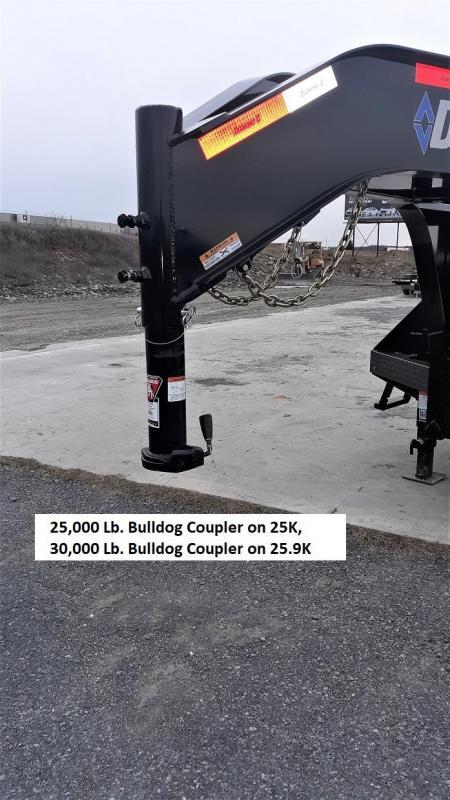 "Diamond C Deckover Gooseneck 102""x32' 25K -Max Ramps -16"" Engineered Beam Frame -12"" Engineered Neck -10,000# Oil Bath Axles -16"" Dual Nitrogen Filled Radial Tires"