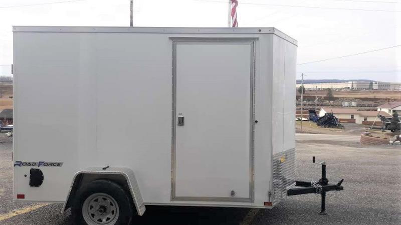 "Wells Cargo Road Force Single Axle Enclosed 6'x10' 2990 GVWR -White- Ramp Door -V-Nose -Side Door -6'6"" Inside Height - Screwless Exterior"