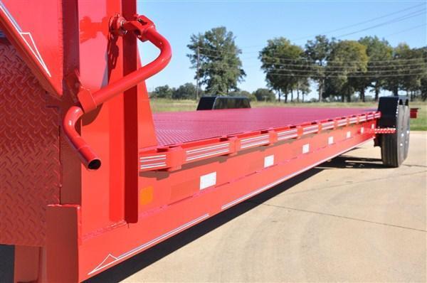 "Diamond C Gooseneck Multi Vehicle Carrier 82""x36' 14.9K -96"" Rear Slide In Ramps -8"" Channel Frame -12"" Neck -Dual 12k Drop Leg Jacks -7,000# Braking Axles -16"" Nitrogen Filled Radial Tires"