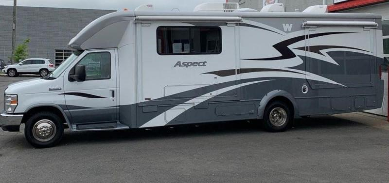 2011 Ford E450 Class C Winnebago Aspect RV