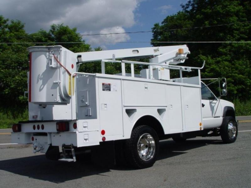 2002 Chevrolet HD 3500 Bucket Truck