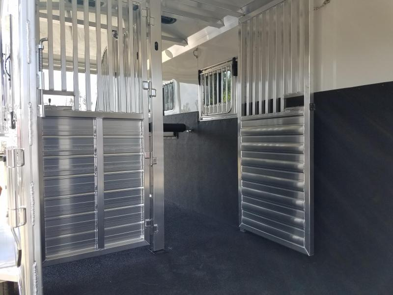 ***PRICE REDUCTION***2019 4-Star Trailers 2 HORSE Horse Trailer