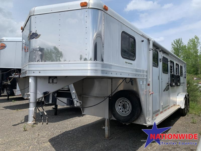 ***PRICE REDUCTION***2002 Dream Coach Trailers LLC 4 HORSE Horse Trailer