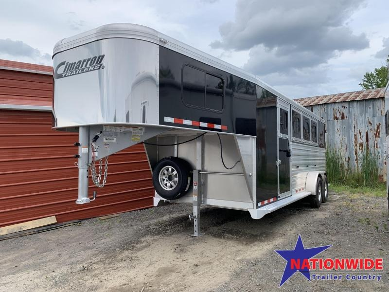 ***PRICE REDUCTION***   Cimarron Norstar 4 Horse Slant  Trailer WITH FRONT AND REAR TACK