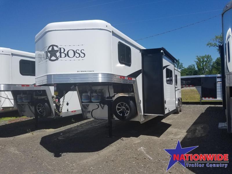 2020 Bison 7311 TRAIL BOSS Horse Trailer w/Living Quarters