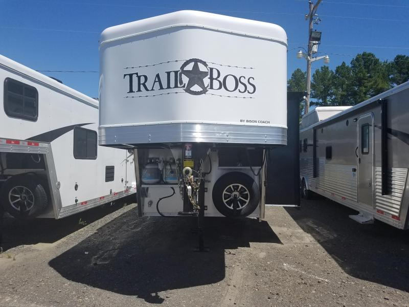 2020 Bison 7311 TRAIL BOSS Horse Trailer w/Living Quarters