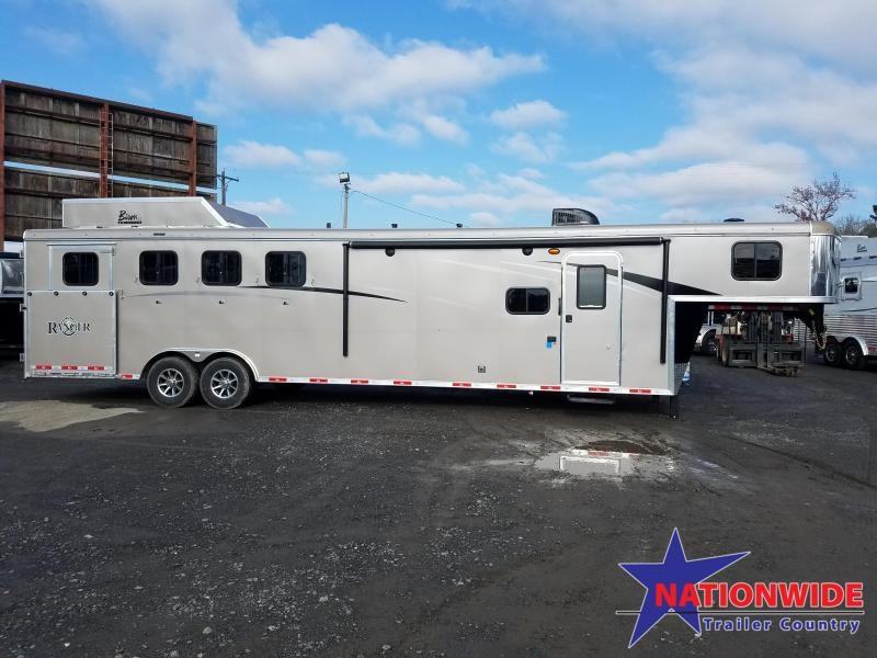 2019 Bison 8411 RANGER Horse Trailer with Living Quarters