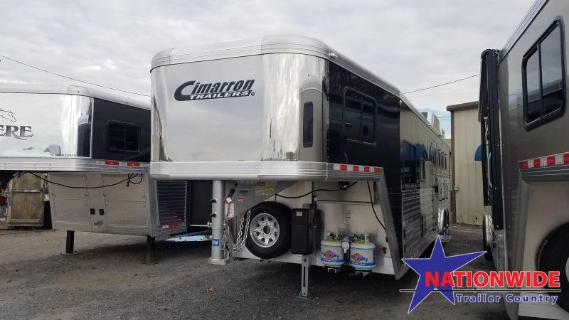 2020 Cimarron 4-Horse Trailer with Living Quarters
