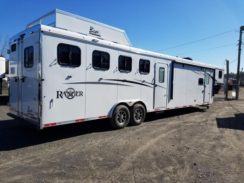 ***PRICE REDUCTION***2019 Bison LIVING QUARTERS 8411 RANGER Horse Trailer