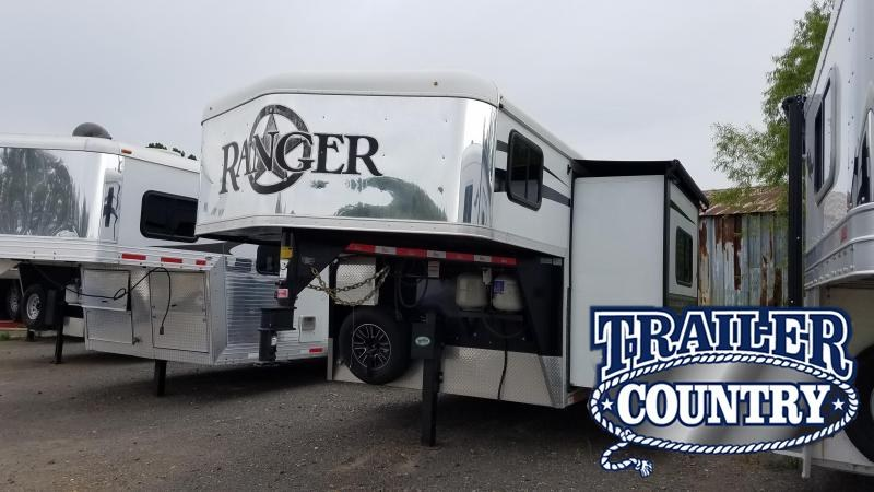 2015 Bison Trailers RANGER Horse Trailer
