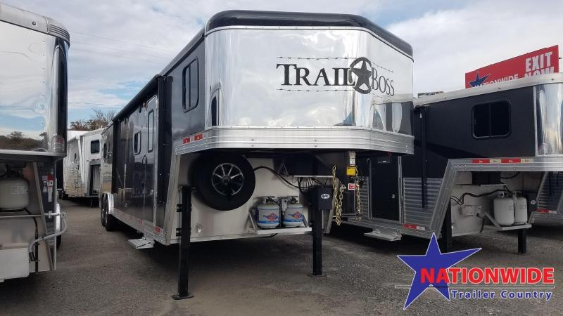 2020 Bison 8313 TRAIL BOSS Horse Trailer with Living Quarters