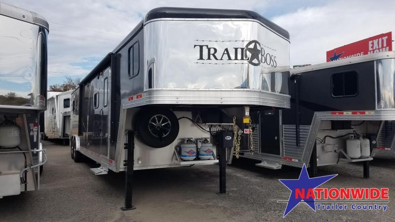 ***PRICE REDUCTION***2020 Bison 8313 TRAIL BOSS Horse Trailer with Living Quarters
