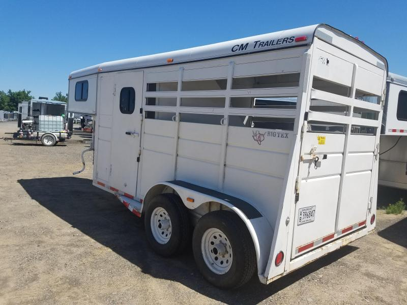 2000 CM 2 HORSE GN Horse Trailer