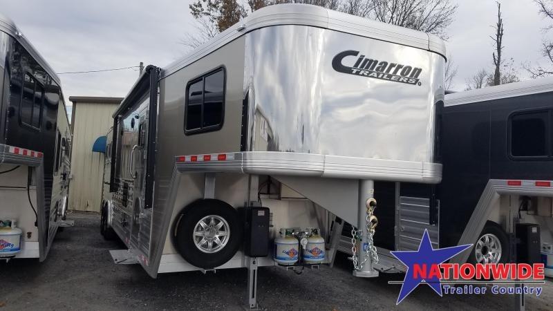 2020 Cimarron LIVING QUARTERS 3 HORSE Trailer