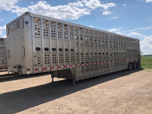 Used 2016 Eby 53' Bullride Livestock Semi Trailer  Pot Livestock-Semi