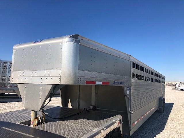 """2019 EBY Ruff Neck 32'x7'6""""x6'6"""" Livestock Trailer"""