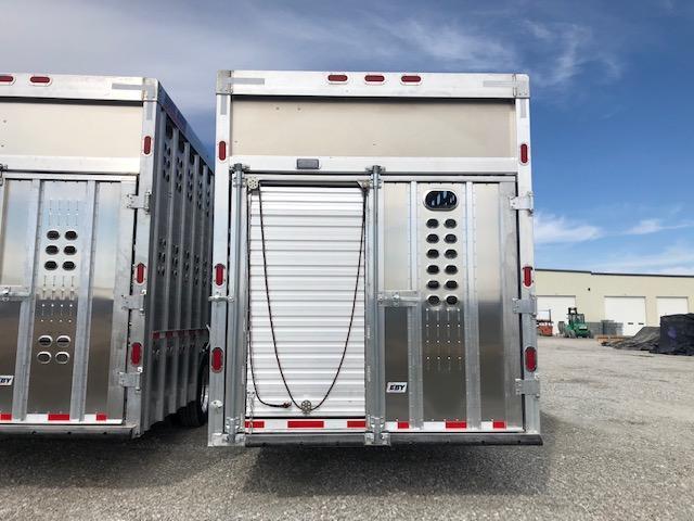 "2021 EBY 53'x102"" Groundload Livestock Semi"