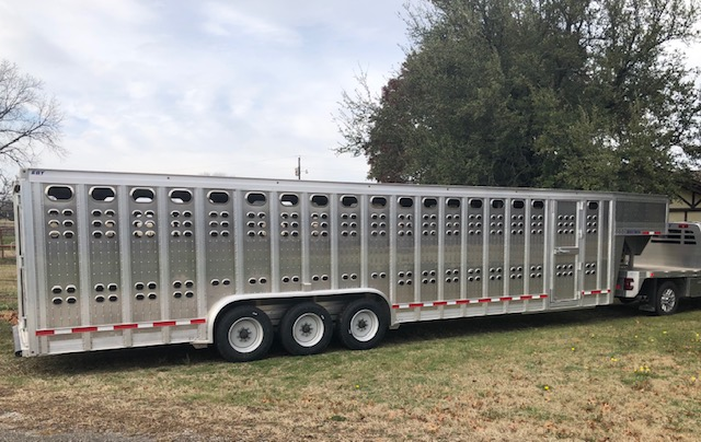 "2020 EBY Ruff Neck 32'x8'x6'6"" GN Livestock- Located in TX"