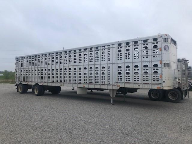 "2005 Wilson 53'x102""x13'6"" Spread 6"" Drop Floor Livestock"