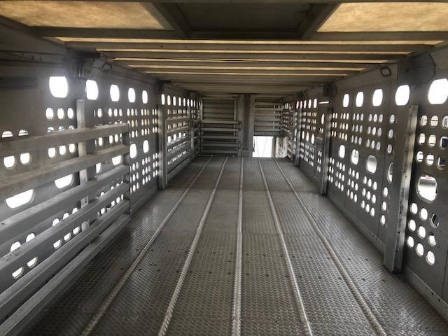 "2019 EBY Bull Ride 53'x102"" Spread- Gun Metal Gray- Air Lift Mid-Deck"