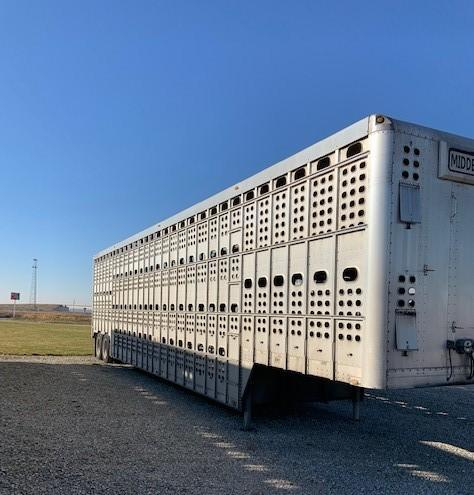 USED 2008 EBY 52X102X13.5 BULLRIDE CLOSED TANDEM  Pot Livestock-Semi