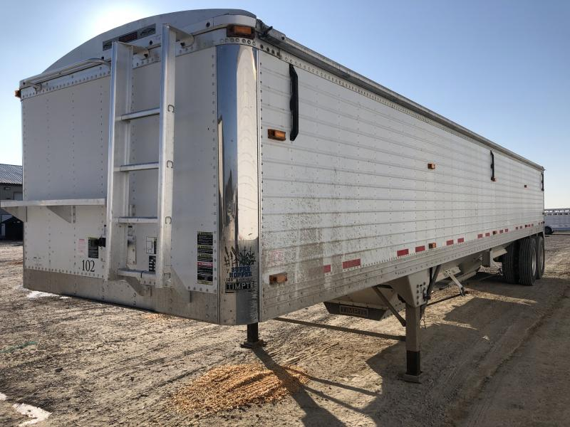 "2010 Timpte 40' x 96"" x 66"" Grain Hopper Trailer"