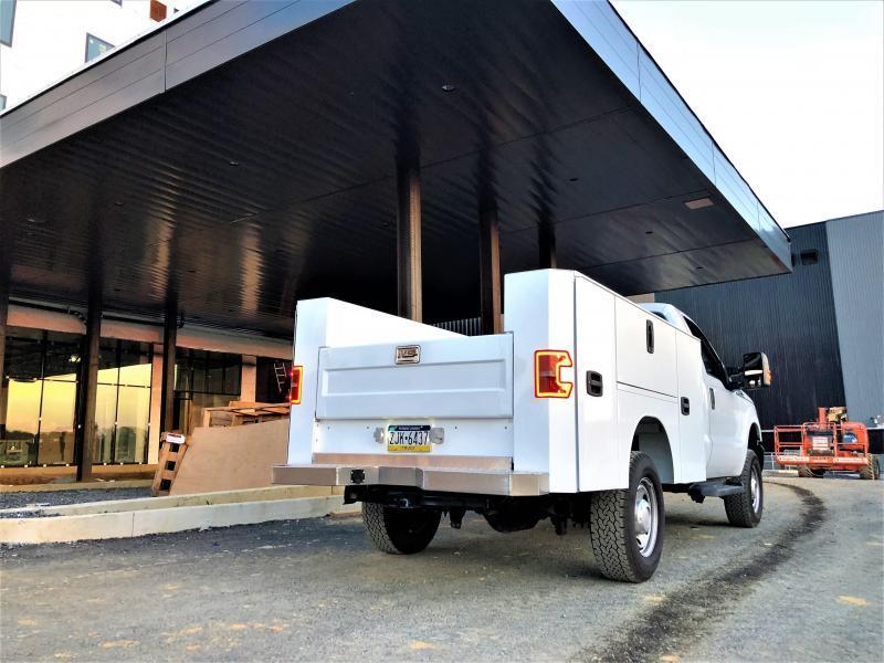 """EBY 8'5"""" x 80"""" SRW Service Body"""