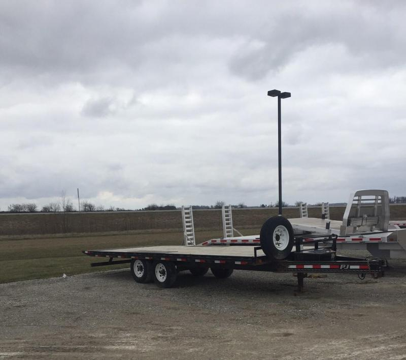 2014 PJ Trailers Equipment Equipment Trailer