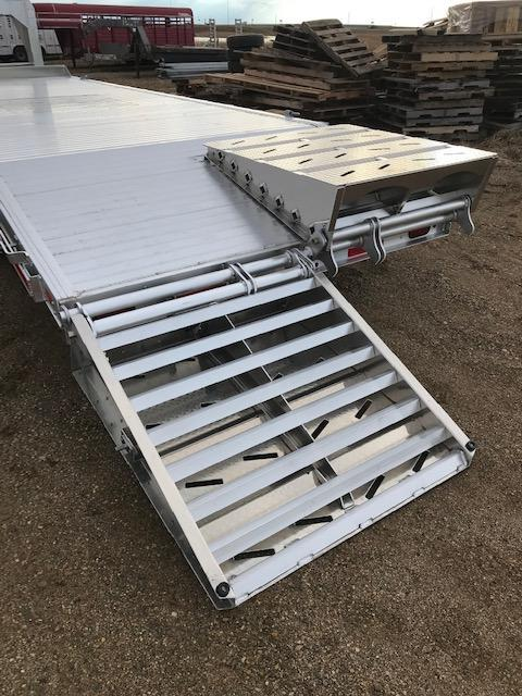 """2020 EBY 24'6"""" x 102"""" 15.9K GN - 50/50 Ramps"""