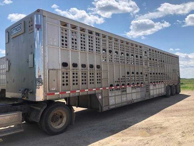 2014 Eby 53' Bullride Livestock Semi Trailer