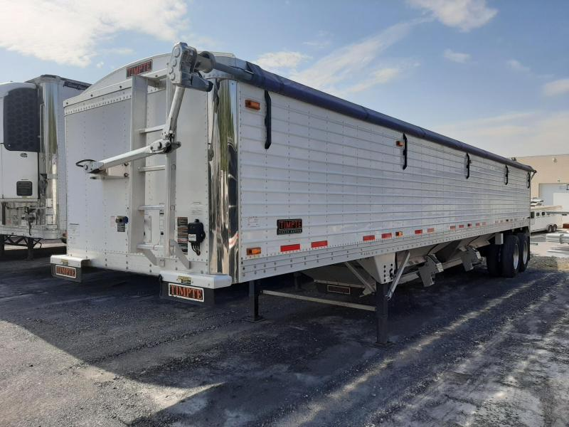 "2016 Timpte 40' x 96"" x 66"" Super Hopper Trailer"