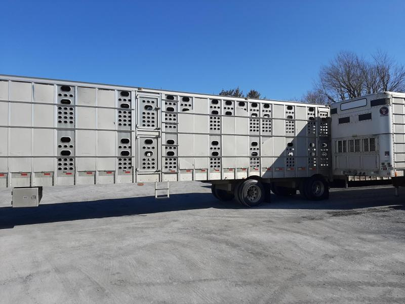 EBY 2005 EBY 53' Trans Pork Ser. #1011080  Livestock-Semi