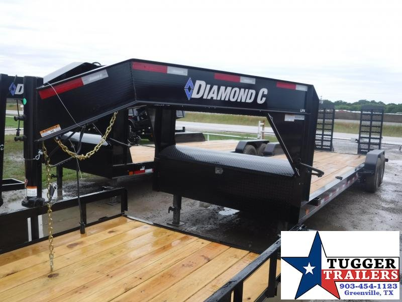 2019 Diamond C Trailers 82x24 24ft Open Gooseneck Flatbed Equipment Trailer