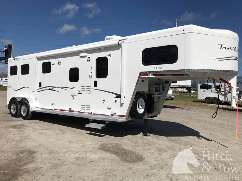 2019 Trails West Classic Aluminum Horse Trailer