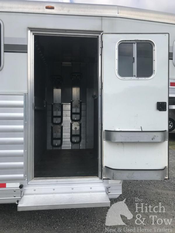 2014 4-Star Trailers Deluxe Horse Trailer