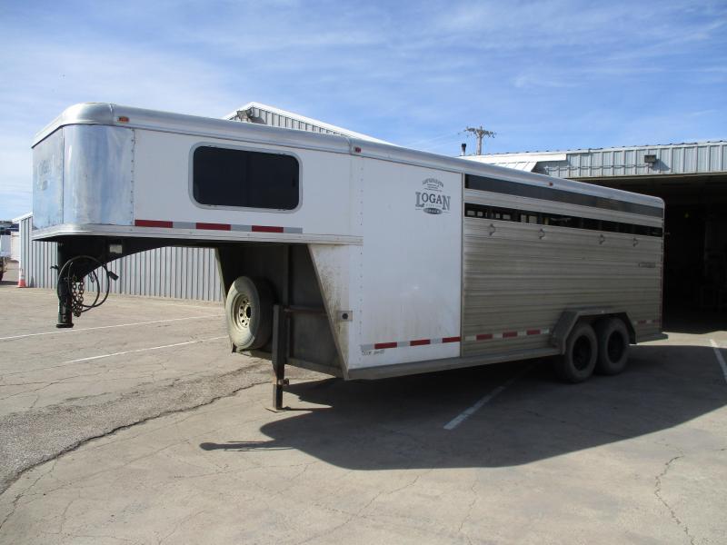 2013 Logan Coach Stock Combo Livestock Trailer