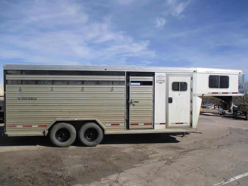 2013 Logan Coach Stock Combo Livestock Trailer