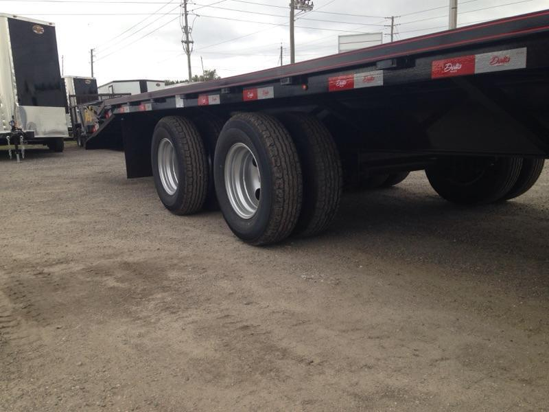 "2020 25'x102"" 10 ton Gooseneck Equipment Trailer"