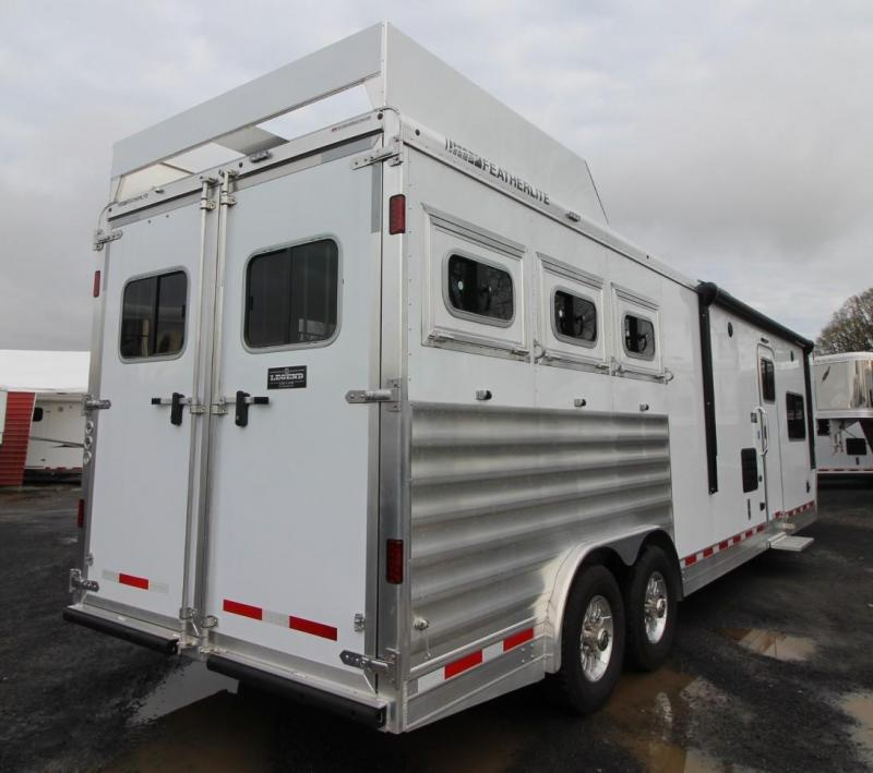 2020 Featherlite 7821 - 8' wide 15ft Living Quarters 3 Horse Trailer FREE DELIVERY - Beautiful Interior - Hayrack - Insulated Horse Area - Tons of Upgrades!