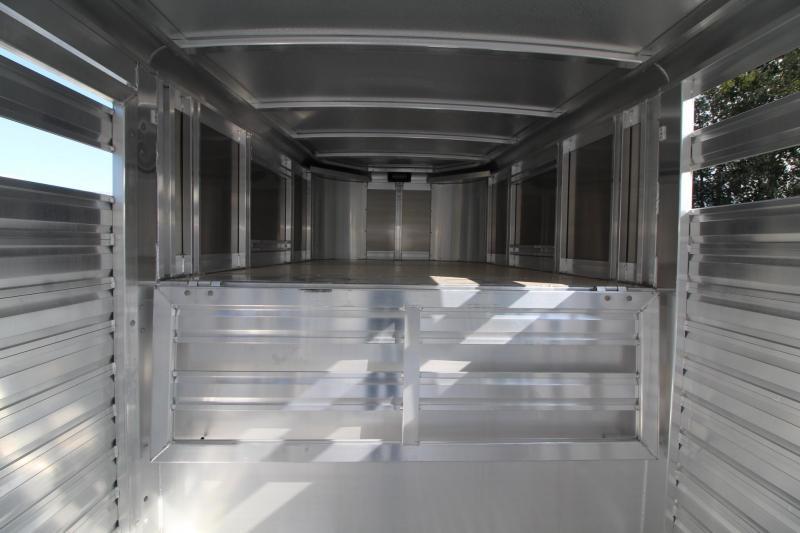 2020 Exiss STK 7024 - 2 Gates w/ Sort Doors - 24' Livestock Trailer - Sort Door in Rear Door