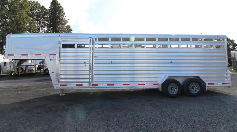 2020 Exiss STK 7024 - 2 Gates w/ Sort Doors - 24' Livestock Trailer - Sort Door in Rear Door