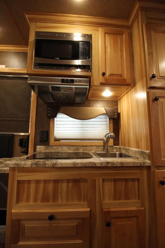 2019 Exiss 7410 - 4 Horse Trailer - 10' Short Wall Living Quarters - Fold Down Bunk - Onan Generator - Hay Rack - Ramp - Easy Care Flooring - Folding Rear Tack