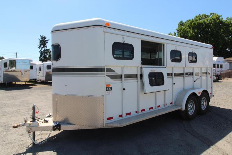 1998 Logan Coach Competitor 4 Horse Trailer w/ Rear Tack - Drop down windows - Rear collapsible tack - Swing out saddle rack