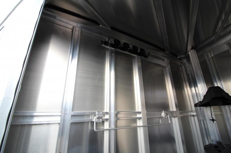 2020 Exiss XT Horse Trailer - Drop Down Feed Windows - All Aluminum Construction - Insulated Walls in Horse Area