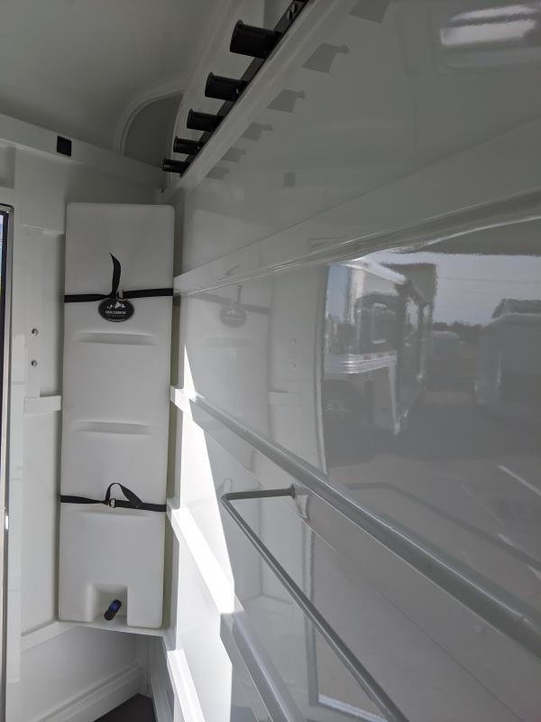 2020 ThuroBilt Liberty 3 Horse Trailer - Warmblood Stalls - Stock Style Airflow Gaps - Spare Tire & Mount - Curbside Escape Door