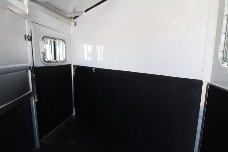 "2020 Featherlite 7541 Horse Trailer 7' Wide 7' Tall 56"" Dressing Room - All aluminum PRICE REDUCED"