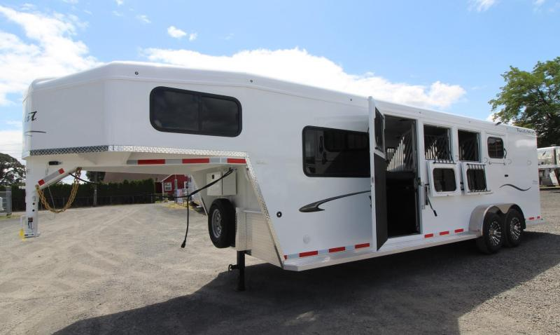 2020 Trails West Classic 5x5 Comfort Package 4 Horse Trailer w/ Side Tack and Insulated Roof