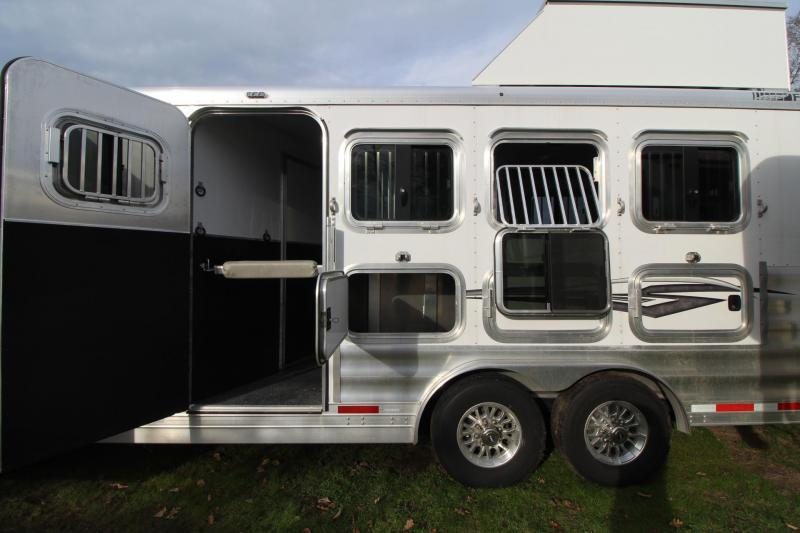 2019 Featherlite 9821 Living Quarters - 15'  w/ Slide Premium Interior 4 Horse Trailer - Easy Care Flooring - All Aluminum- PRICE REDUCED
