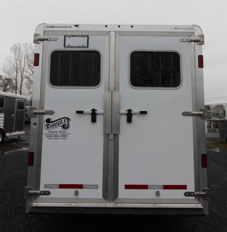 2020 Featherlite 7441- 3 Horse w/ Rear Tack Large Dressing Room Aluminum Trailer