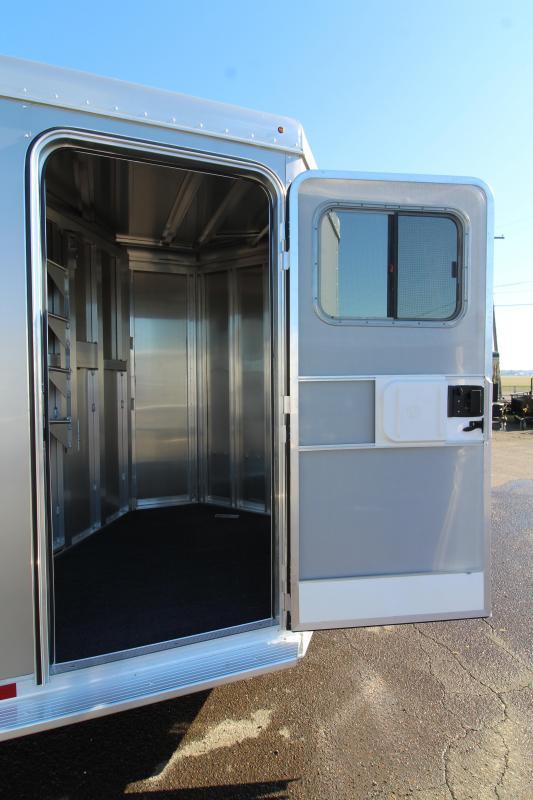 2020 Featherlite 7441 3 Horse Trailer - Drop Down Windows - Escape Door